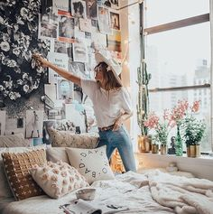 Are you looking for bedroom ideas that will build the perfect, cozy bedroom that. Are you looking for bedroom ideas that will build the perfect, cozy bedroom that you& be excited to run home to every day? Then click . Dream Rooms, Dream Bedroom, Master Bedroom, Modern Bedroom, Contemporary Bedroom, Trendy Bedroom, Bedroom 2018, Bedroom Brown, Bedroom Loft