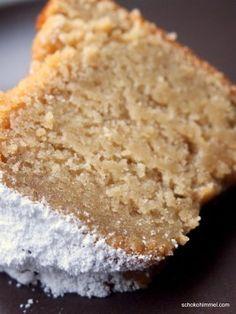 Super juicy apple sauce yoghurt ring cake (or: taste beats optics) - chocolate heaven- Supersaftiger Apfelmus-Joghurt-Gugelhupf (oder: Geschmack schlägt Optik) – Schokohimmel delicious apple sauce yoghurt ring cake - Easy Bread Recipes, Sweet Recipes, Baking Recipes, Cookie Recipes, Dessert Recipes, Vegan Recipes, Cake Vegan, Ring Cake, Gateaux Cake