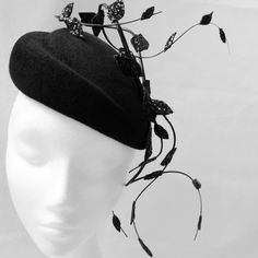 Made this beauty for a bar mitzvah. Bar Mitzvah, Fascinator, Bucket Bag, Winter Hats, Anna, Bags, Stuff To Buy, Beauty, Fashion