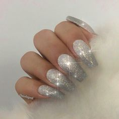 LA Nail Artist / Educator House of the Polish Salon ChaunPeth @ g . - LA Nail Artist / Educator House of the Polish Salon ChaunPeth @ g - Silver Glitter Nails, Metallic Nails, Cute Acrylic Nails, Glitter Nail Art, Stiletto Nails Glitter, Silver Acrylic Nails, Xmas Nails, Prom Nails, Christmas Nails
