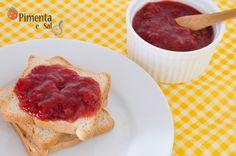 Receita de geléia de morango. Como fazer geléia de morango caseira, muito simples e saborosa. Geléia de morango com fruta.