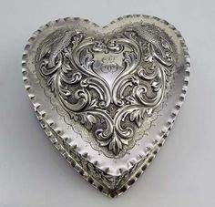 4931 Dominick & Haff Sterling Heart Box A large sterling silver hand chased…
