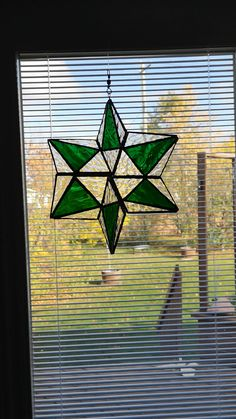 All Details You Need to Know About Home Decoration - Modern Stained Glass Ornaments, Making Stained Glass, Stained Glass Suncatchers, Stained Glass Designs, Stained Glass Projects, Stained Glass Patterns, Stained Glass Art, Stained Glass Windows, Fused Glass