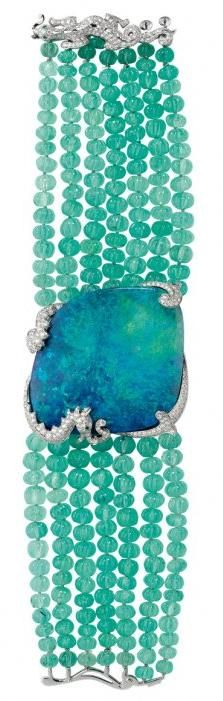 Opal bracelet in platinum with emerald beads and diamonds by Cartier #turquoise