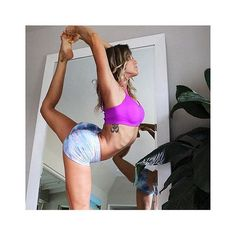 #HardTailForever | Sunday stretching @bananablondie108 #hardtailforever