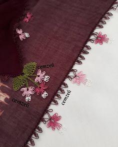 Buradaki büyük yaprağımiz sadece köşelere uygulandı.kenarlara da sıralı model uygulandı. Bittikten sonra tekrar sizlerle olacak İnşâAllah.… Baby Knitting Patterns, Crochet Patterns, Crochet Unique, Needle Lace, Bargello, Handicraft, Embroidery Stitches, Elsa, Diy And Crafts