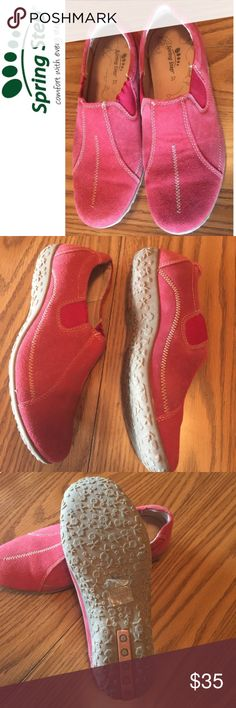NWOT Spring Step suede leather shoes size 7 NWOT Spring Step comfort with every step Berry colored suede leather slip on shoes in a size 7. Leather lining. Spring Step Shoes Flats & Loafers