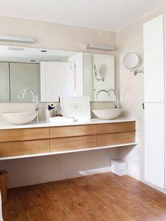Cuarto de baño con bañera exenta