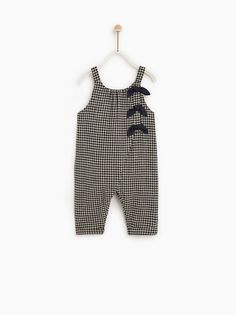 Premium quality toddler bones jumpsuits, you are also able to get vast slection of baby girl jumpsuits. Baby Girl Jumpsuit, Toddler Jumpsuit, Baby Outfits, Kids Outfits, Baby Girl Fashion, Fashion Kids, Fashion Shoes, Cheap Kids Clothes Online, Cheap Clothes