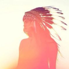 I need a feather headdress.  I have no idea what I'd do with it, but I really want one. -.-