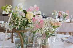 Floral Wedding Centerpieces Planning and Tips - Love It All Unique Centerpieces, Wedding Table Centerpieces, Flower Centerpieces, Wedding Decorations, Centerpiece Ideas, Wedding Tables, Wedding Ceremony, Floral Wedding, Diy Wedding