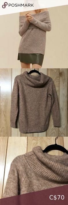 """WILFRED FREE / Faretta sweater S Camel coloured Super soft cold shoulder sweater Beautiful piece Blend of alpaca, wool, etc Excellent condition Approx measurements: Pit to pit: 18"""" Sleeve: 18"""" Top to bottom: 20"""" 📦items ship next business day 🛍bundle and save Aritzia Sweaters Off-the-Shoulder Sweaters Wool Sweaters, Black Sweaters, Grey Sweater, Sweaters For Women, Off Shoulder Sweater, Plus Fashion, Fashion Tips, Fashion Trends, Alpaca Wool"""