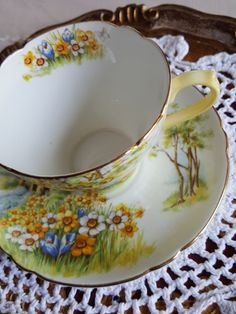 Dainty Vintage Shelley Daffodil Time Teacup and Saucer Made