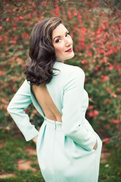 I love vintage with a modern twist. This dress exemplifies that perfectly.