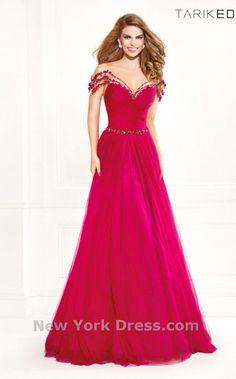 NewYorkDress Blog // Head Over Heels // Click through for more! // Dress: Tarik Ediz 92415