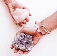 Protection Bracelet for your inner warrior princess. One giant wand of AA grade Brazilian Clear Quartz runs horizontal like a force field against your body. It feels pretty empowering to wear a crystal this big that actually is built to touch the skin ☝️ Crystal Magic, Crystal Grid, Clear Quartz Crystal, Crystals And Gemstones, Stones And Crystals, Crystal Aesthetic, Crystal Decor, Crystal Meanings, Beautiful Rocks