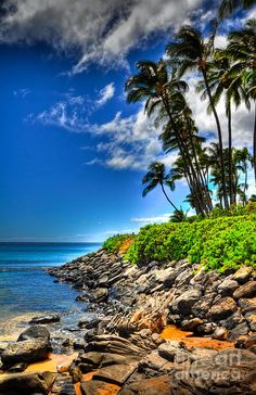 Napili Bay, Hawaii To find your Hawaii dream home call 808-389-0489 #moving2hawaii