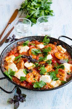 Creveti saganaki - Din secretele bucătăriei chinezești Greek Recipes, Keto Recipes, Kuching, Chinese Food, Paella, Appetizers, Food And Drink, Chicken, Dinner