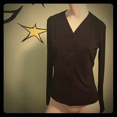 Max Studio Chic Blouse Gorgeous button down blouse. Absolutely perfect condition.   Perfect with a black skirt & ankle boots. Max Studio Tops Button Down Shirts