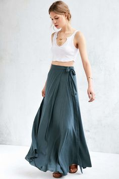 Love this maxi so much. I really, really like the wrap style. There's just always that issue of height/hemming with something like this, though.