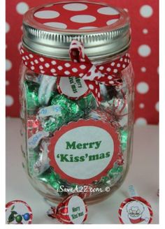 Merry Kissmas in a jar. So cute and so easy to make. No baking required. #Avery #Christmas