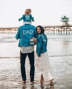 Outstanding tips are offered on our web pages. look at this and you wo. - Anuncio de segundo embarazo - Pregnant Tips Second Baby Announcements, Creative Pregnancy Announcement, Pregnancy Photos, Pregnancy Announcements, Big Sister Announcement, Baby Number 2 Announcement, Pregnancy Facts, Pregnancy Videos, Pregnancy Care