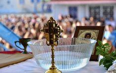 Εκκλησία: 14 Σεπτεμβρίου ο σχολικός αγιασμός-Τι άλλο αποφασίστηκε στην Διαρκή Ιερά Σύνοδο Ceiling Lights, Table Decorations, Blog, Blogging, Outdoor Ceiling Lights, Ceiling Fixtures, Ceiling Lighting, Dinner Table Decorations