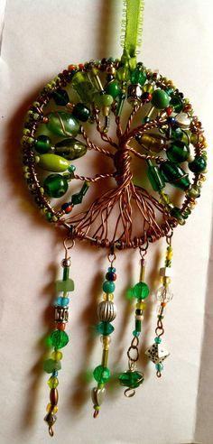 Verde Atrapa Sueños / Green Dreamcatcher by KissMyCalaverass