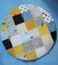 Creation Deco, Montessori, Bb, Quilts, Blanket, Sewing, Inspiration, Tela, Games