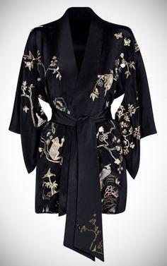 -Obsession du moment pour le summum du glamour, le kimono soyeux- Agent Provocateur Soiree Sabrina Kimono / Gown