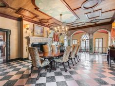Do they make tables long enough for this dining room?  1400 N Waukegan Rd LAKE FOREST, IL 60045