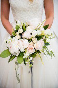Blush pink bridal bouquet | Photo La Vie