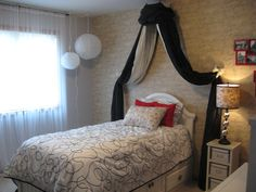 Teen Bedroom Paris theme  the wallpaper has French inscriptions