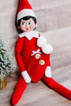 how to make a baby elf on the shelf - SUPER EASY! - see kate sew, to make a baby elf on the shelf - SUPER EASY! - see kate sew. The Elf, Elf On The Shelf, Christmas Bells, Christmas Crafts, Crochet Christmas, Christmas Stuff, Merry Christmas, Christmas Child, Christmas Sewing