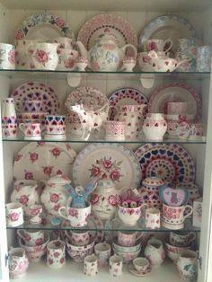 Emma Bridgewater Hearts & Flowers on display