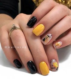 Looking for some fresh Fall nail ideas? You'll love this nail art compilation! From classic Fall nails to abstract Autumn manicures and from incredible freehand to easy stamping designs, there is a manicure for every taste and skill level. Manicure Nail Designs, Acrylic Nail Designs, Nail Manicure, Nails Design, Fall Acrylic Nails, Fall Nail Art, Autumn Nails, Square Nail Designs, Fall Nail Designs