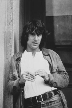 """Robert De Niro in """"Mean Streets"""" (1973). COUNTRY: United States. DIRECTOR: Martin Scorsese."""