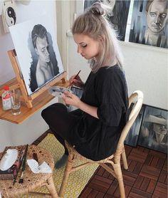 "artwork_in_studio on Instagram: ""@vansa_lu (for us to share your studio pics) contact via artworkinstudio@gmail.com"""