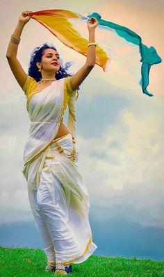Beautiful Girl In India, Beautiful Girl Photo, Most Beautiful Indian Actress, Beautiful Women, Cute Beauty, Beauty Full Girl, Beauty Women, India Beauty, Asian Beauty