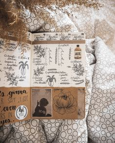 Bullet journal inspiration #bujo #bulletjournal #bujoideas #bulletjournaling #bulletjournalideas #bulletjournalinspiration Bullet Journal Inspiration, Bujo, Vintage World Maps, Instagram