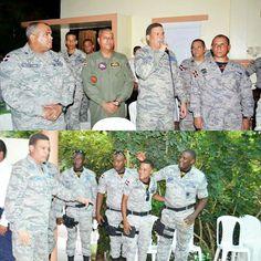 El Comandante General de la Fuerza Aérea de República Dominicana Mayor General Piloto Luís Napoleón Payán Díaz FARD compartió animadamente  con el personal oficial del Comando de Fuerzas Especiales y Comando de Seguridad de Base en una actividad realizada en la Casa Asignada al Comandante General de la FARD en la Base Aérea San Isidro y contó con la presencia del Estado Mayor Coordinador de la FARD.  Este encuentro se realizó con el propósito de coercionar los nexos de amistad y de trabajo…