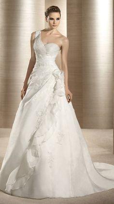 Bonitos vestidos de novia verano 2012 Atelier Diagonal | peinados de novia, peinados de moda