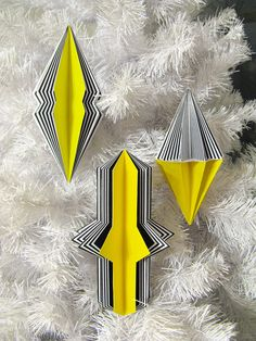 super crazy awesome paper ornaments