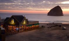 On the Oregon Coast, we pair our beautiful beach views with award-winning brews. At the Pelican Pub & Brewery in Pacific City, the beer comes with a stunning view of Cape Kiwanda and Haystack Rock.