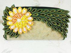 Handmade+Woven+Straw++Handbags++straw+purse++by+siamkanzashi,+$22.00  So cute.
