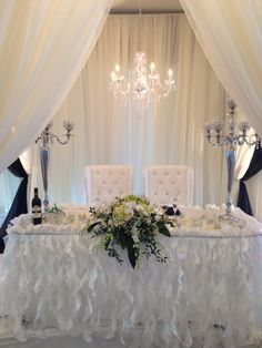 Beautiful white head table