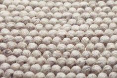 Teppich Cobble gefilzte Wolle Beige, 265,00 €                                                                                                                                                                                 Mehr