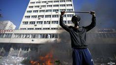 #Sarajevo a ferro e fuoco, continua la protesta in #Bosnia