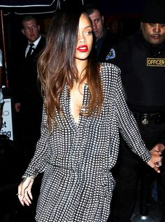 And in Other Relevant News, Rihannas Got a Brand New 'Do!: Girls in the Beauty Department