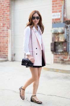 "Styling a long pink vest with a buttondown shirt, pleated skirt and leopard print mary jane flats for a sassy ""schoolgirl"" look! Chic Outfits, Spring Outfits, Chanel Mini, Coco Chanel, Michael Kors Handbags Outlet, Chanel Brooch, Long Vests, Chanel Handbags, Style Inspiration"